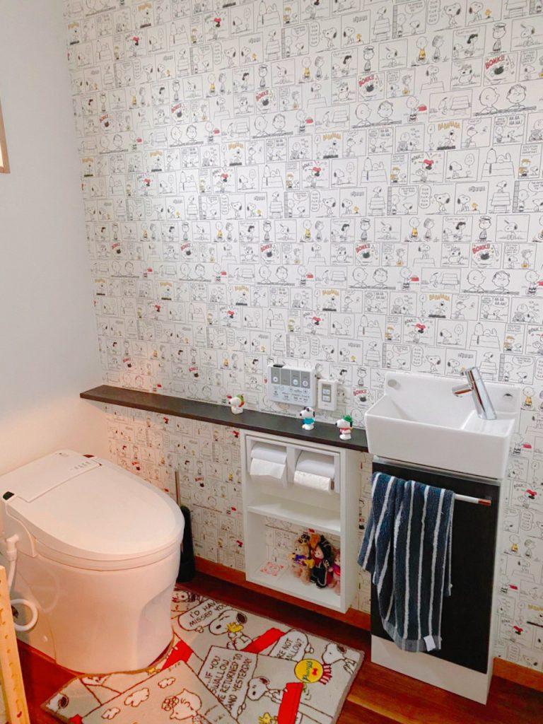 ブルックデザインのおしゃれなL型キッチンのあるお家