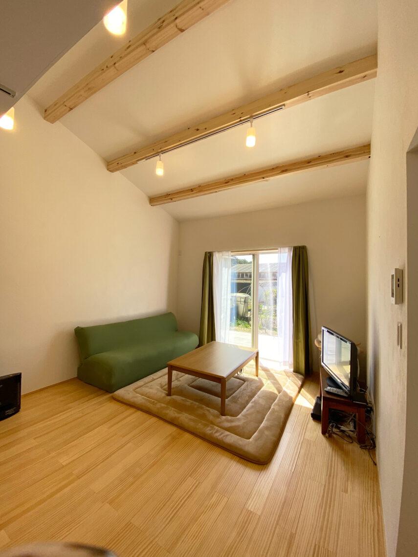 二世帯住宅!暮らしを楽しむ♪ほどよく繋がる平屋×二階建てのお家